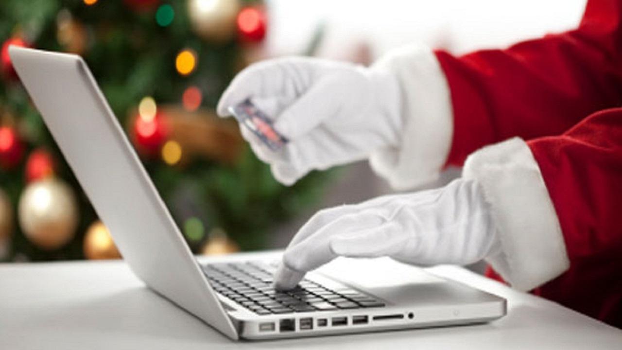 Come acquistiamo i regali di Natale? Paypal analizza le nostre scelte thumbnail