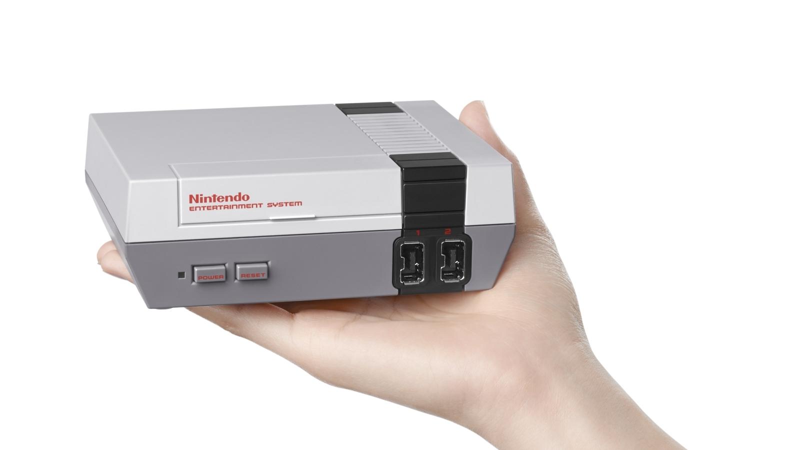 Nintendo, il NES Classic Mini tornerà in vendita a giugno thumbnail
