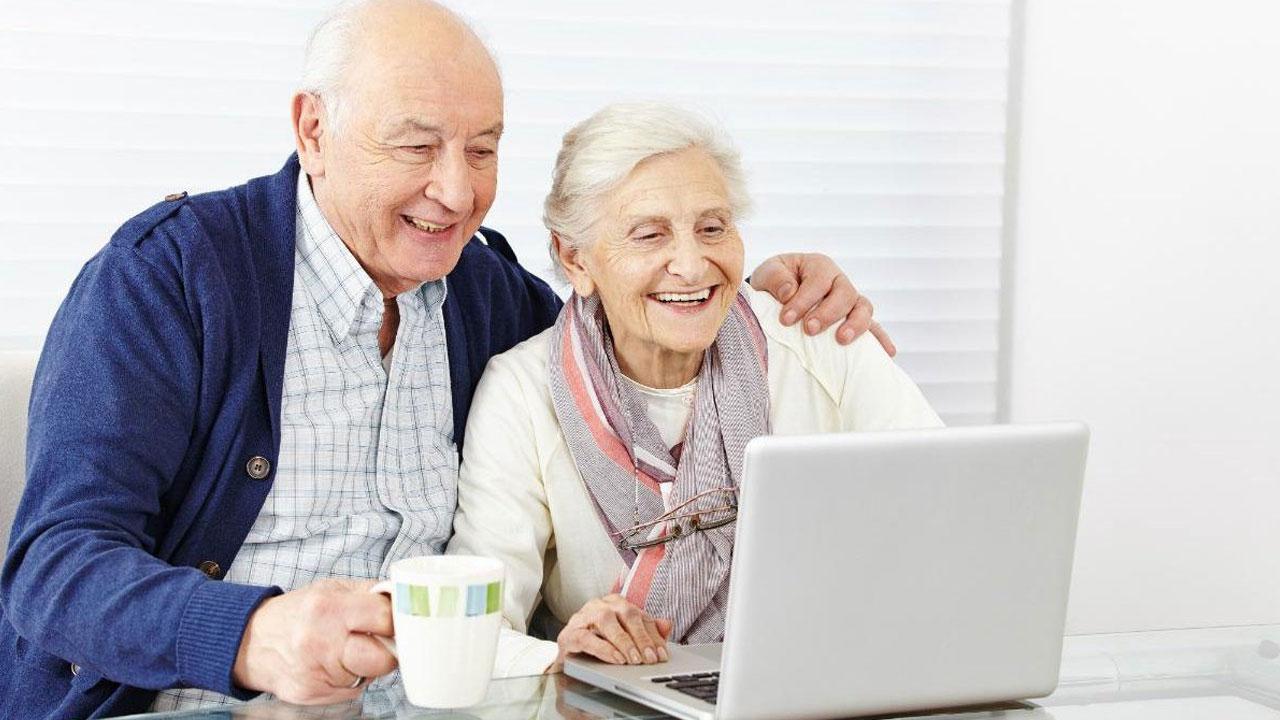 I nuovi Over 65: la prima generazione di Senior digitali che progetta un futuro thumbnail