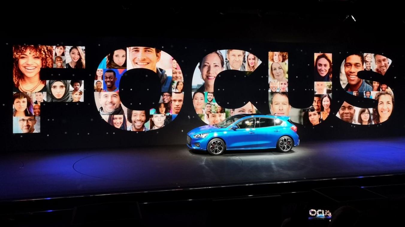 Nuova Ford Focus è ufficiale: tecnologia a più non posso thumbnail