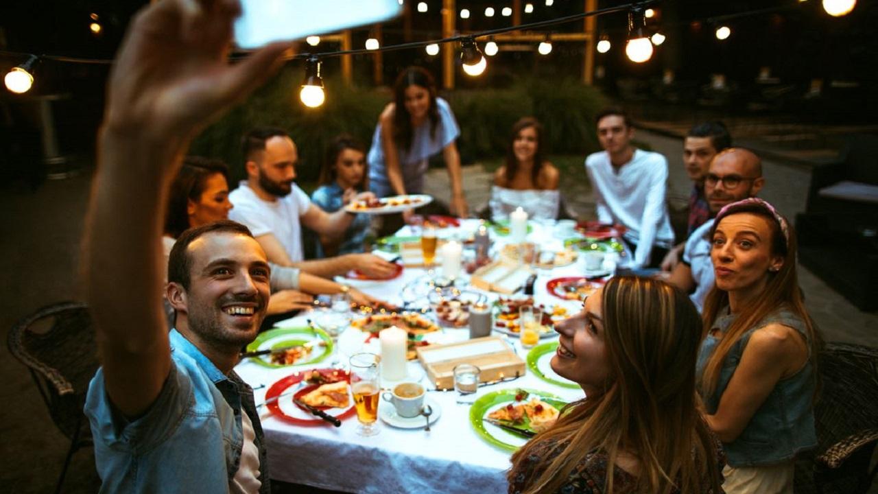 TheFork e i consumi in vacanza: il 97% degli italiani cenerà al ristorante thumbnail
