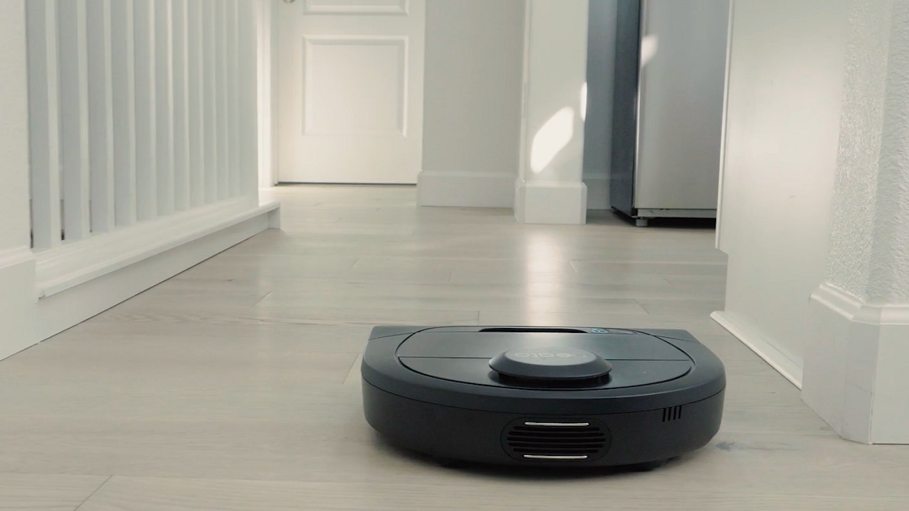 Neato Robotics: due nuovi robot aspirapolvere e Zone Cleaning per Botvac D7 Connected ! IFA 2018 thumbnail