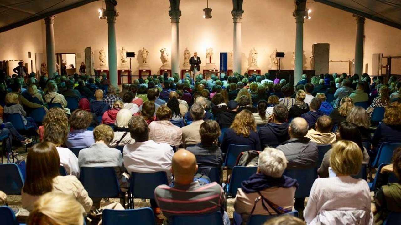 Dyson al Festivaletteratura di Mantova: l'ingegneria incontra la cultura thumbnail