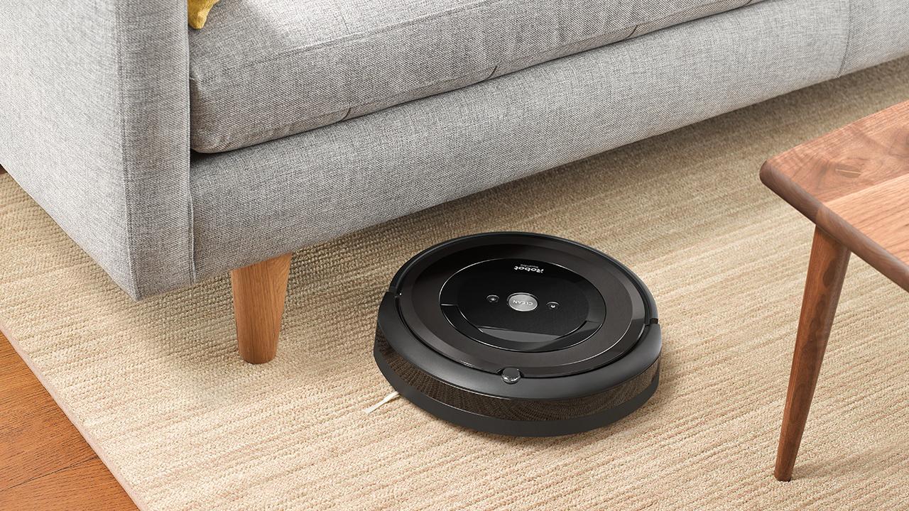 iRobot Roomba e5: caratteristiche e prezzo del nuovo aiutante domestico thumbnail