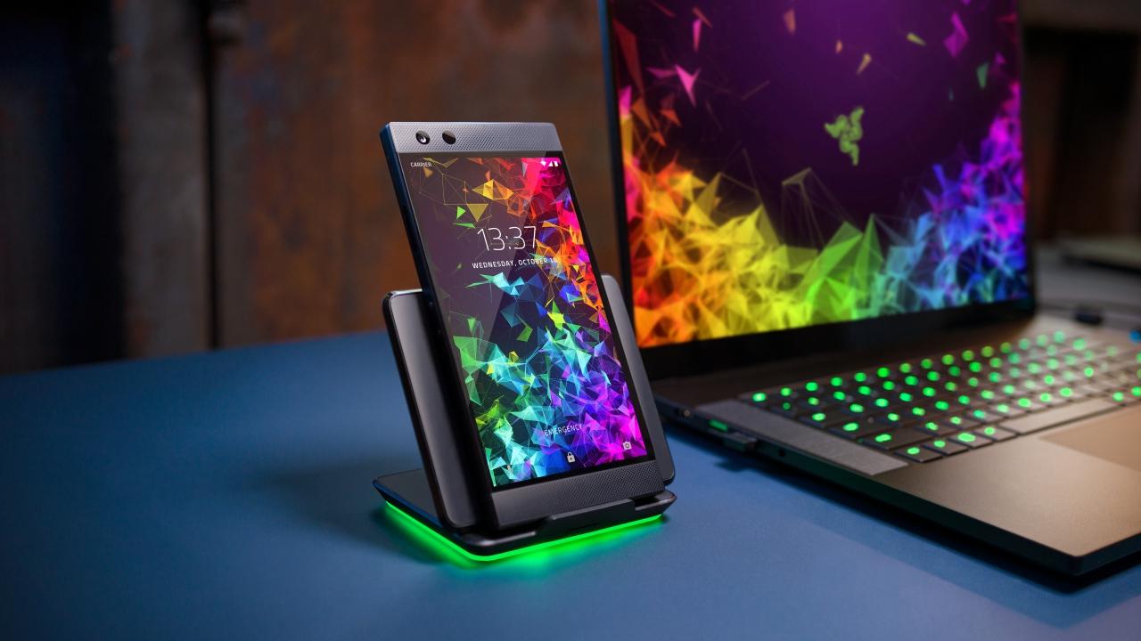Razer Phone 2, presentato il nuovo flagship dedicato al gaming thumbnail