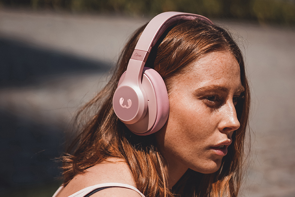 Clam ANC, le nuove cuffie over-ear wireless di Fresh 'n Rebel thumbnail