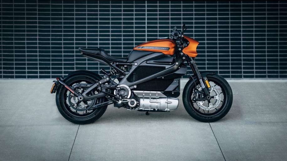 LiveWire, la prima Harley-Davidson elettrica debutta all'EICMA thumbnail