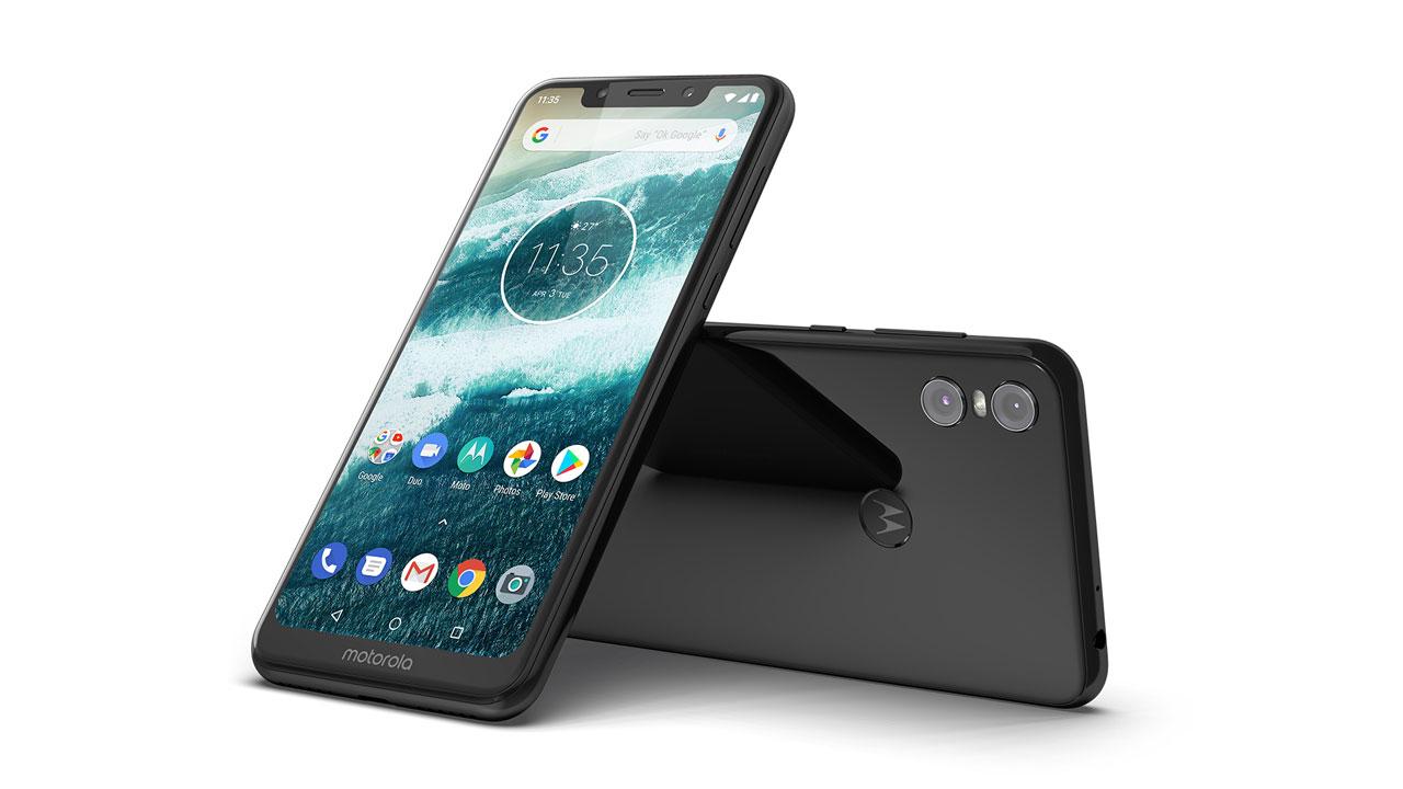 Motorola One: arriva l'aggiornamento ad Android Pie thumbnail