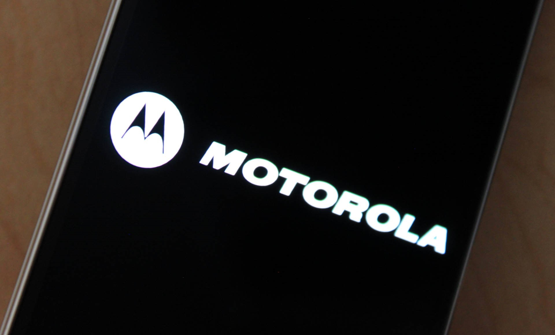 Moto G7 Play: specifiche rivelate dalla FCC thumbnail