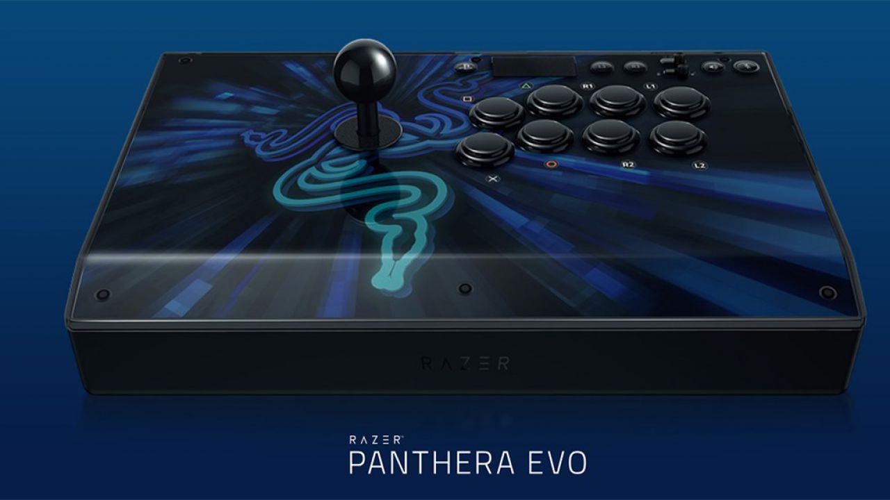 Razer Panthera Evo: l'evoluzione dell'arcade stick preciso e solido thumbnail