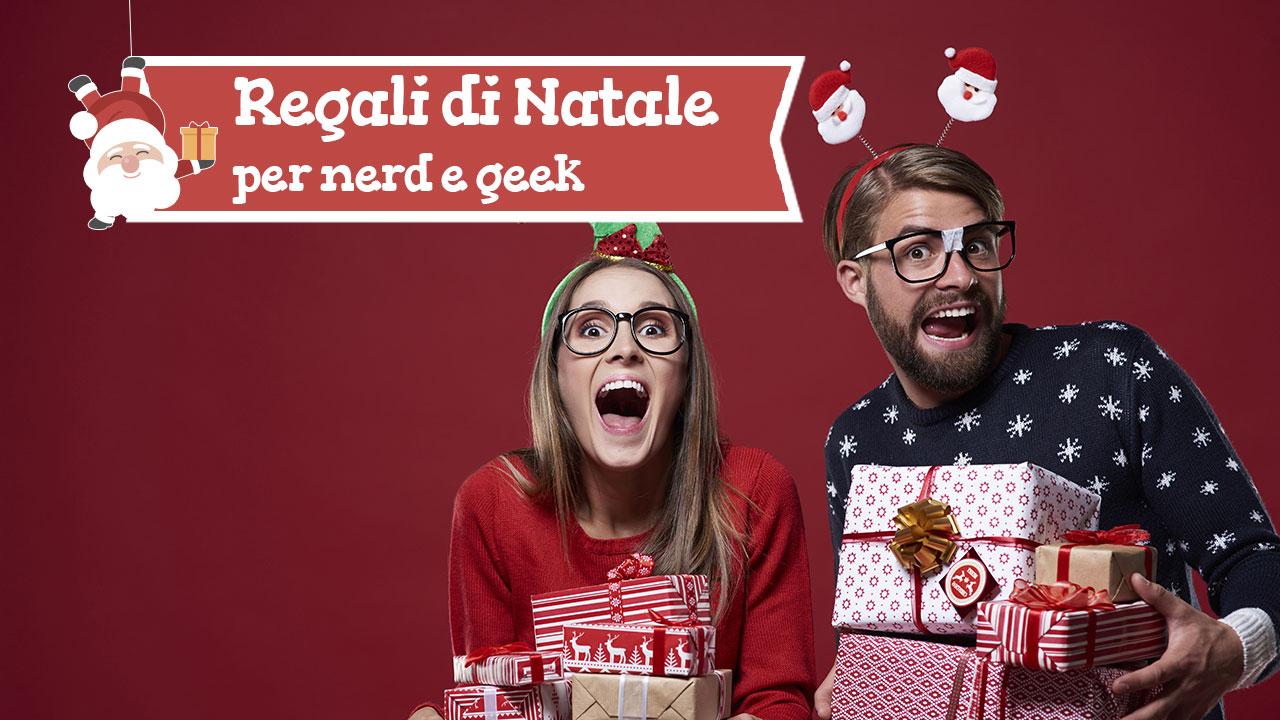 Regali di Natale: i migliori gadget e accessori per nerd e geek thumbnail