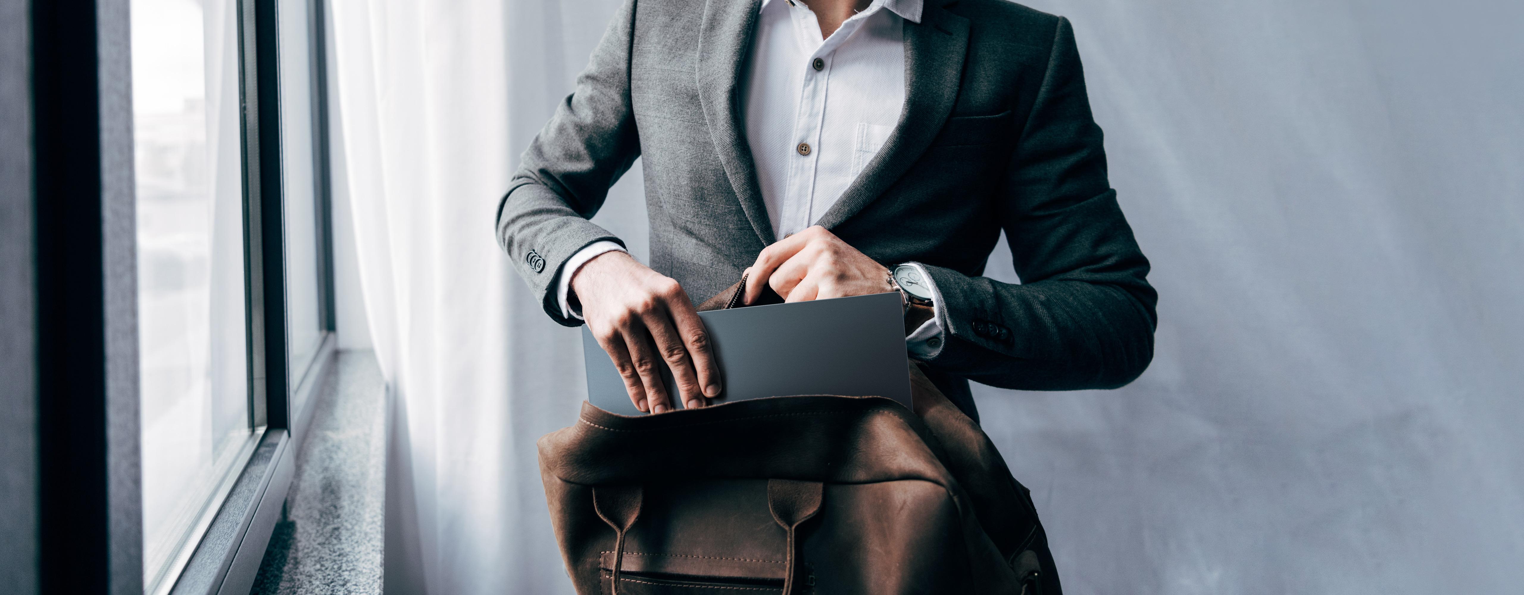 Asus: i nuovi Zenbook sono i più sottili al mondo. Tutte le novità dal CES 2019 thumbnail