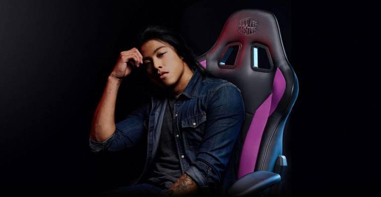 Caliber R1: la sedia da gaming di Cooler Master thumbnail