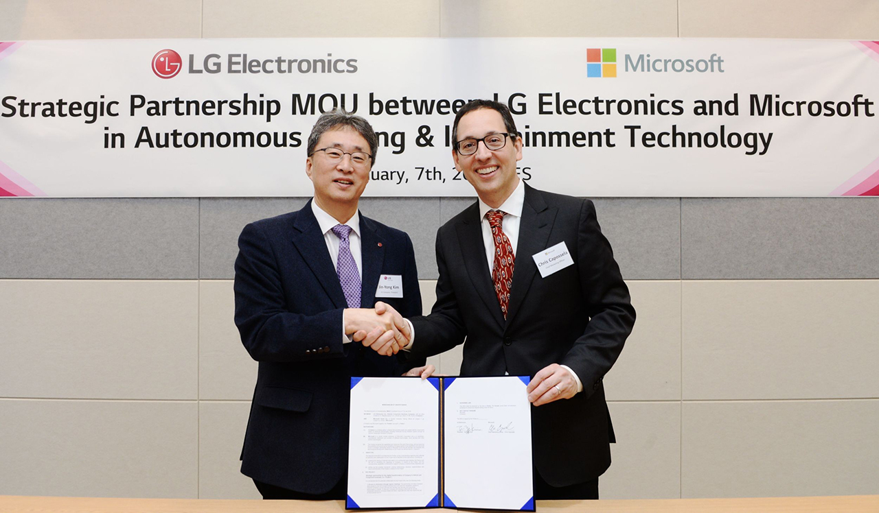LG annuncia un accordo con Microsoft al CES 2019 thumbnail