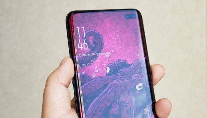 Samsung Galaxy S10+: Ceramic Edition sarà il primo smartphone con 12 GB RAM thumbnail