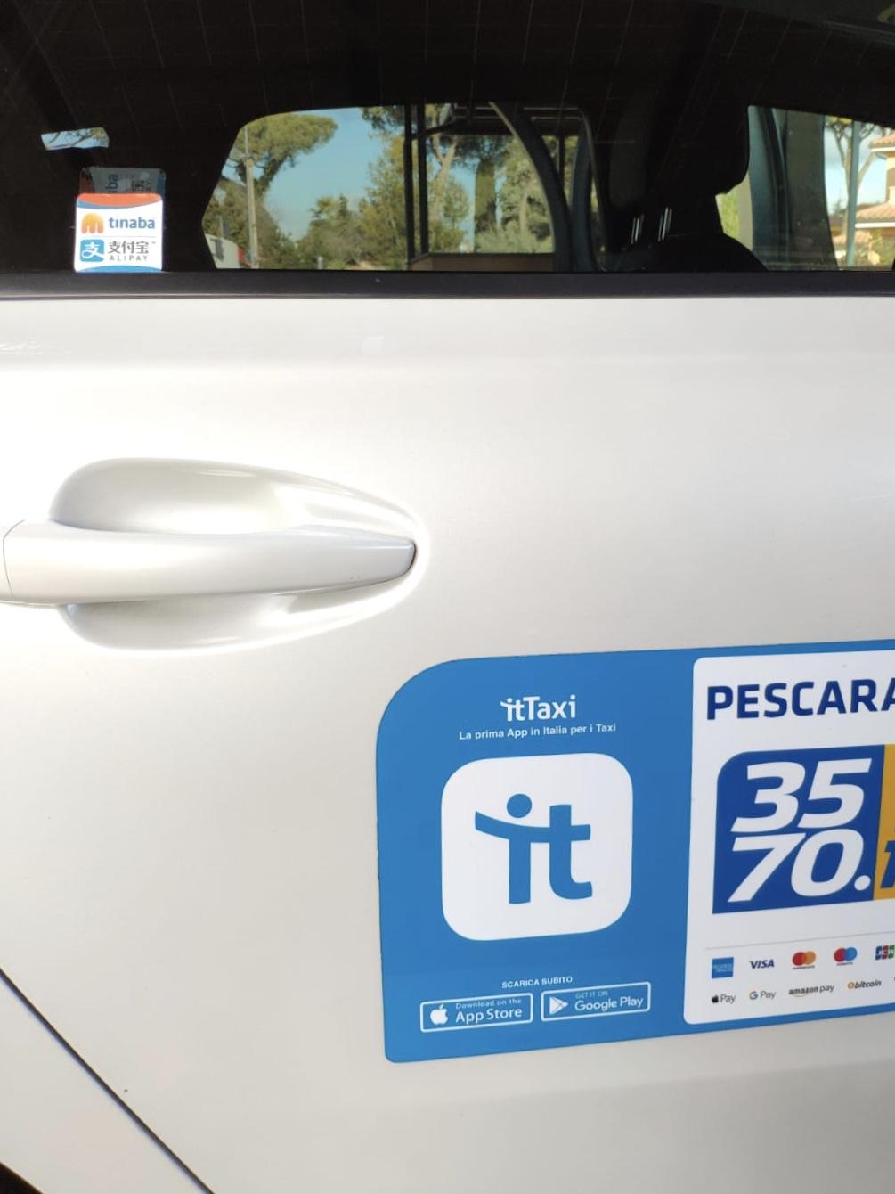 Gli utenti Alipay potranno pagare i taxi con il cellulare thumbnail