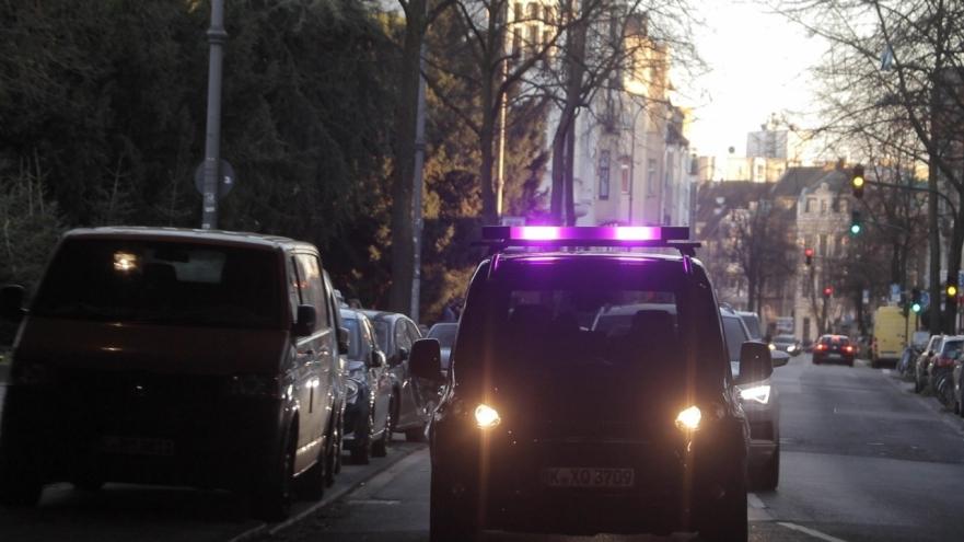 """Ford e i veicoli a guida autonoma: """"come comunicare con la strada"""" thumbnail"""