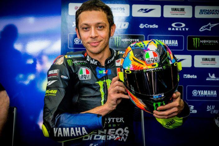 Valentino Rossi indossa il nuovo AGV Pista GP R Winter Test 2019 thumbnail