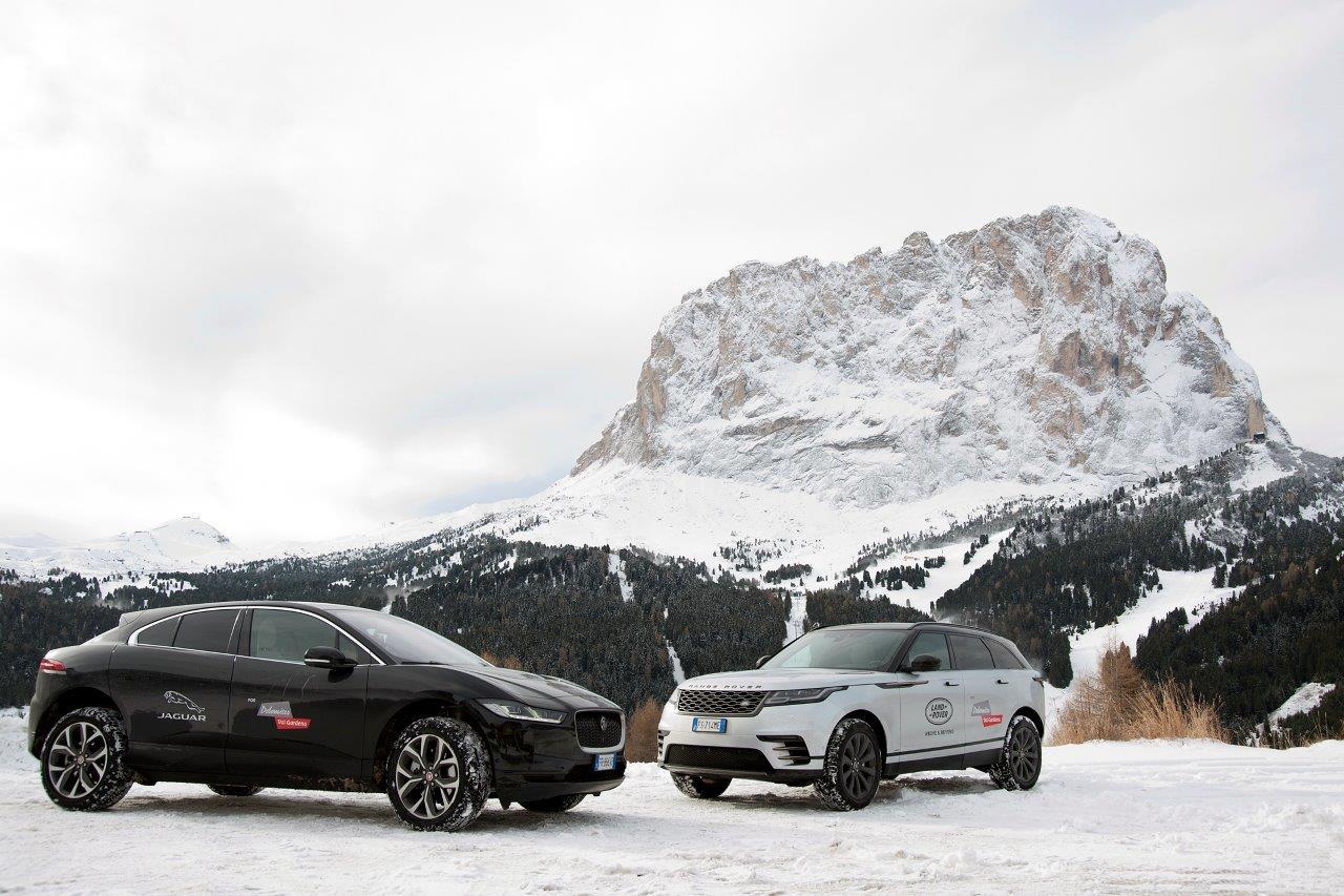 Vacanze sulla neve con il Jaguar Land Rover Winter Tour thumbnail