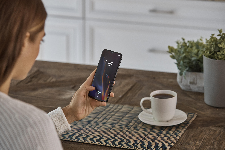 #NoPhoneDay: il 2 marzo OnePlus invita tutti  a spegnere gli smartphone thumbnail