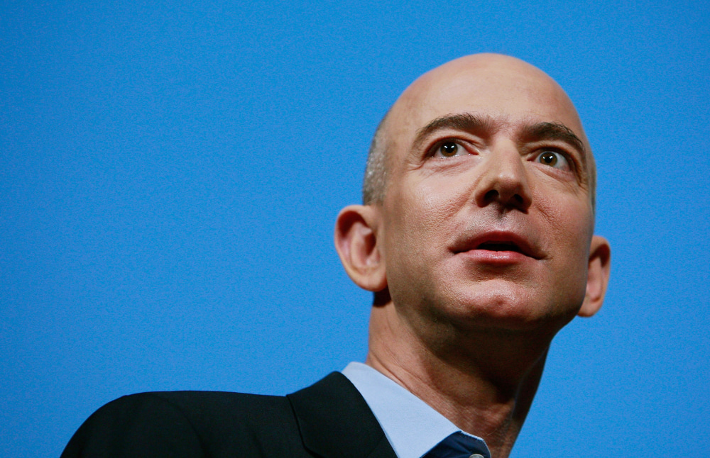 jeff bezos ritira da ceo di amazon