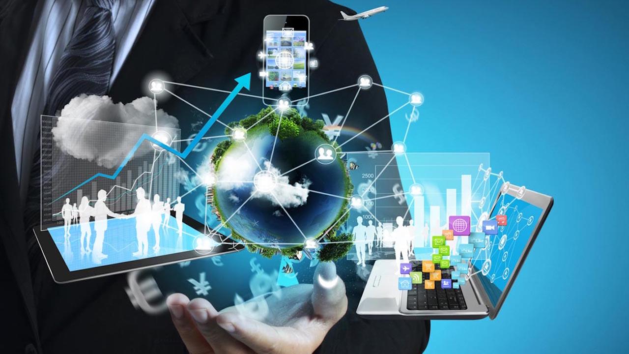 Tecnologia e Italiani: la piramide dei bisogni in chiave tech thumbnail