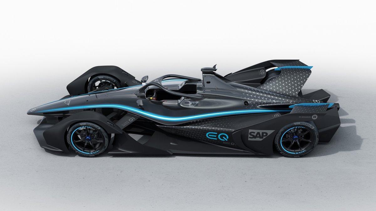 Silver Arrow: la bestia elettrica di Mercedes-Benz presto in Formula E thumbnail