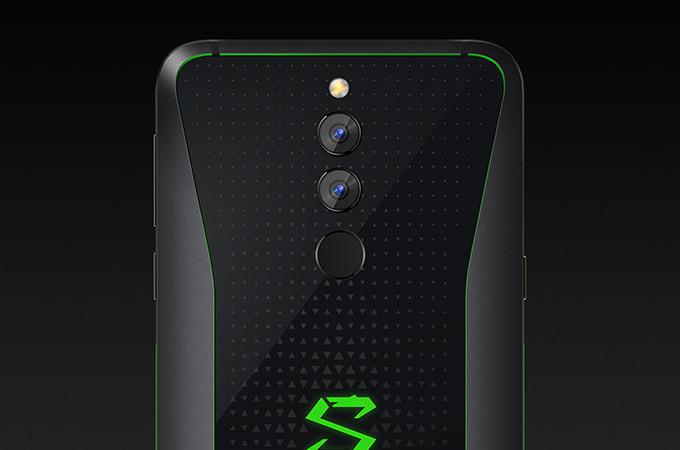 Xiaomi Black Shark 2: spuntano il benchmark ed alcuni dettagli sul raffreddamento liquido thumbnail