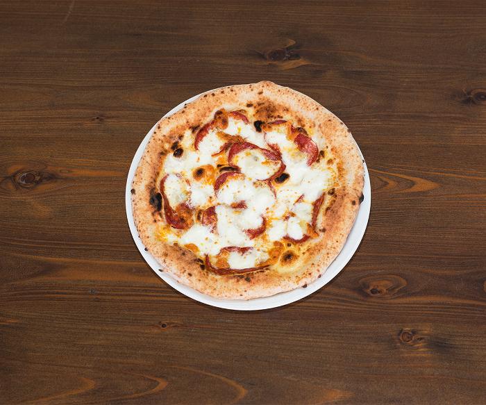 Deliveroo ha scoperto la ricetta della felicità: una pizza con amore thumbnail