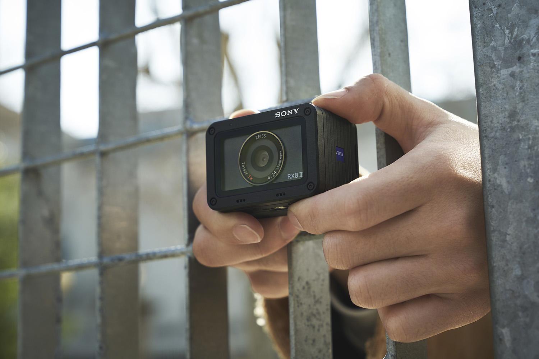 Sony RX0 II: presentata la nuova super action cam thumbnail