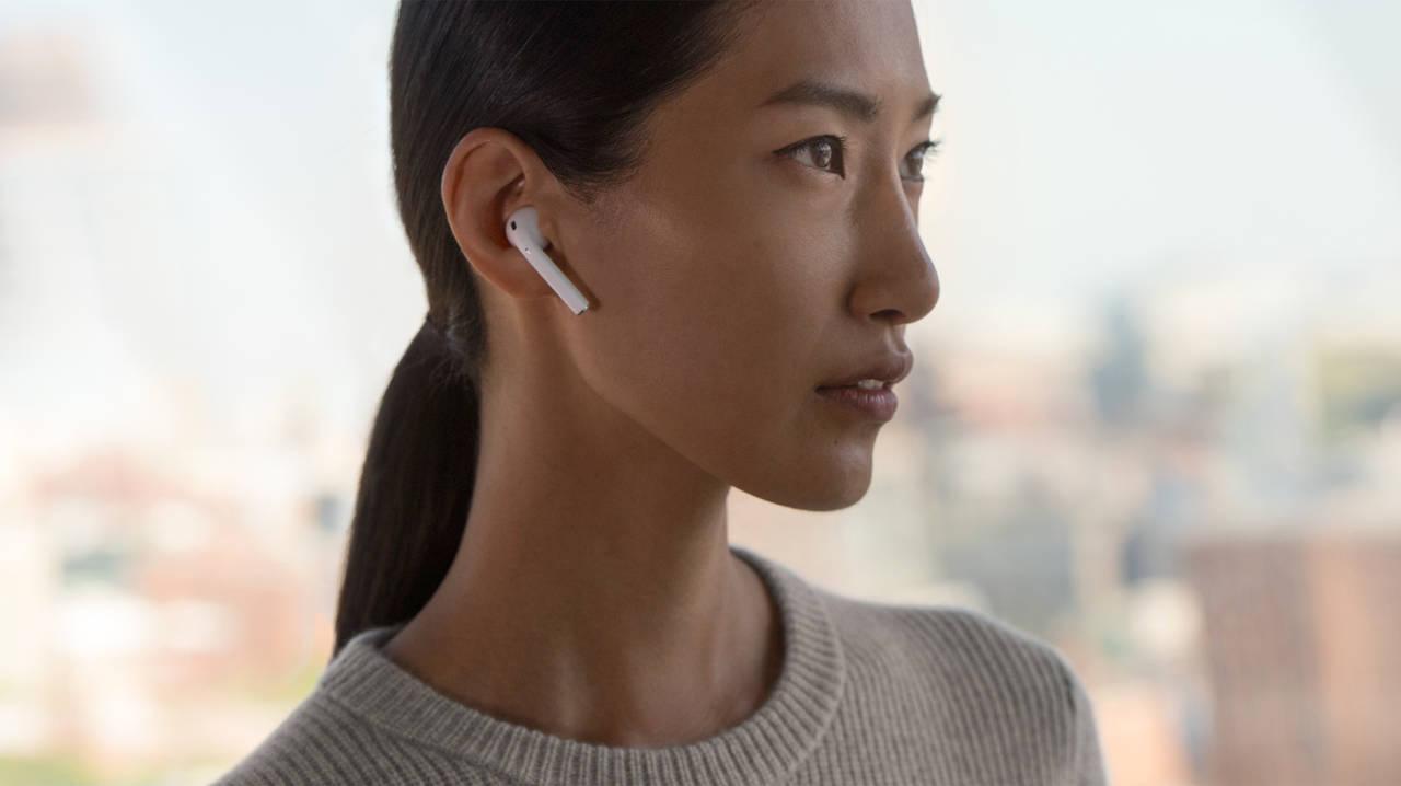 Apple AirPods 2 annunciate: ecco tutte le caratteristiche thumbnail