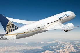 United Airlines: il CEO promette di lavorare sulle esigenze dei clienti thumbnail