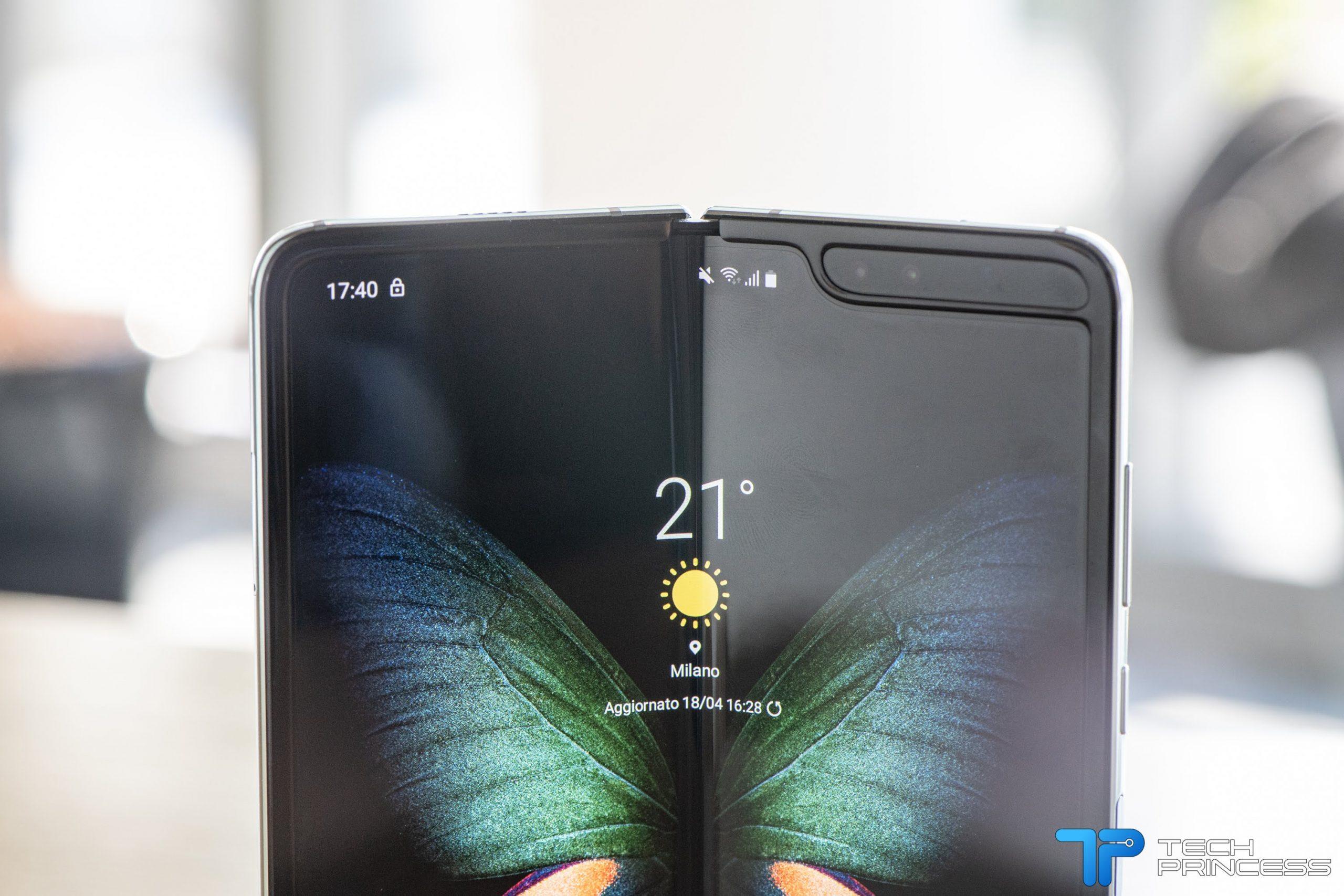 Samsung Galaxy Fold in uscita a settembre: l'annuncio ufficiale thumbnail