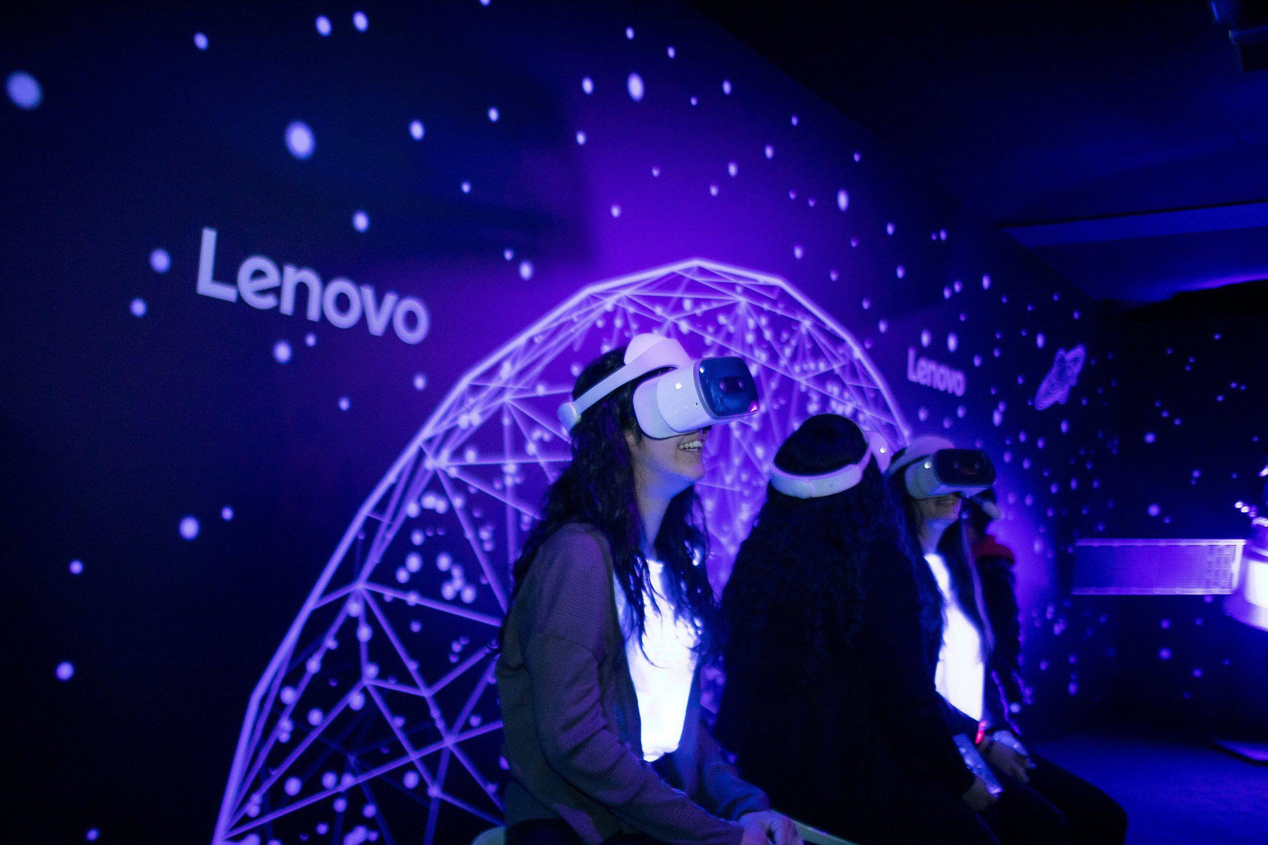 #DaLeonardoAlloSpazio: la mostra in collaborazione con Lenovo e l'Aeronautica Militare celebra il genio di Leonardo thumbnail