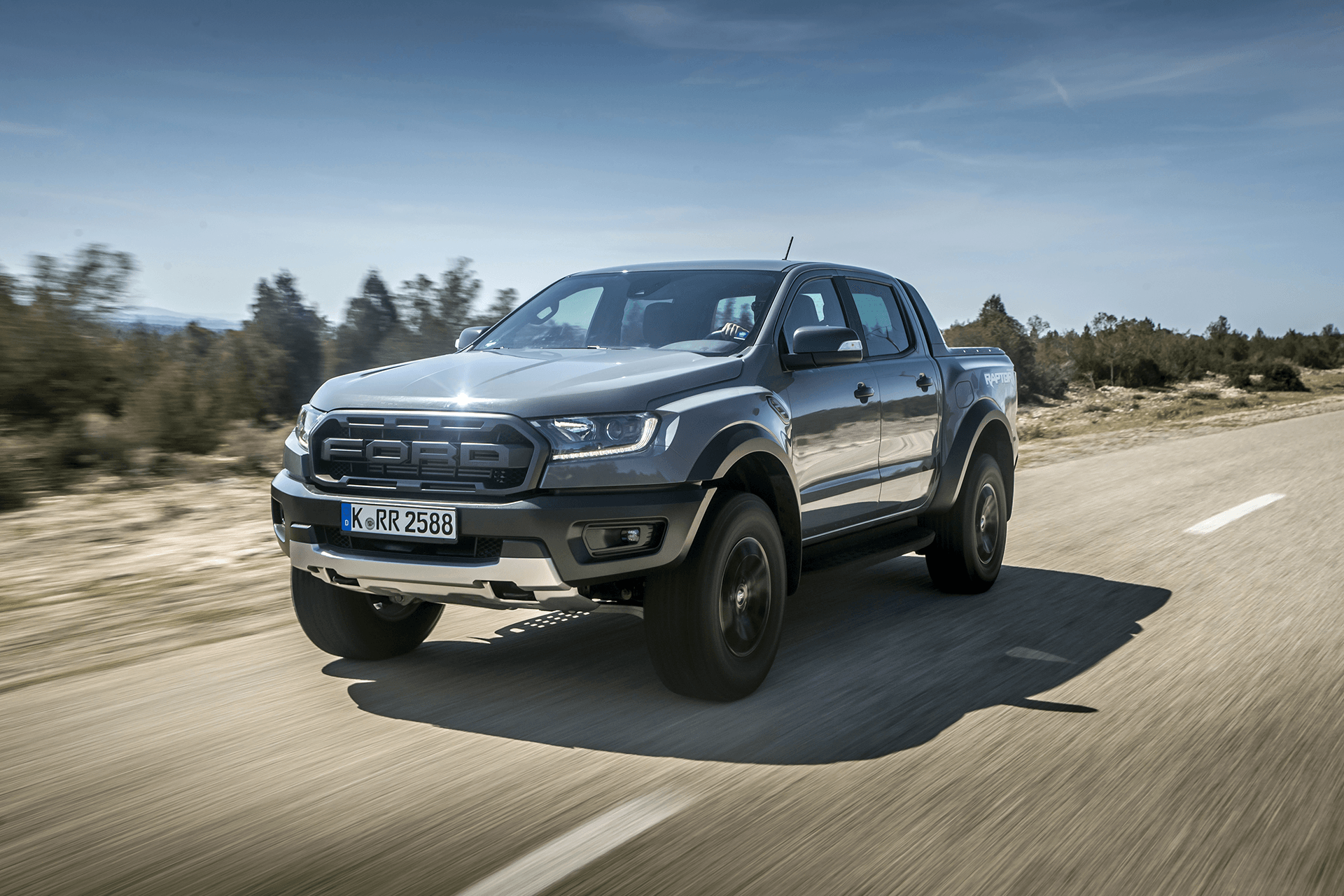 Ford Ranger Raptor: la versione performance arriverà in Europa thumbnail