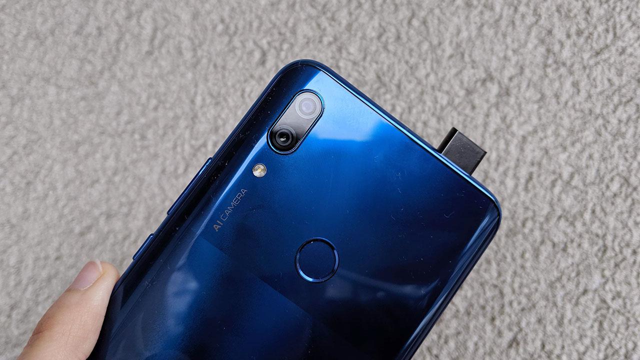 Recensione Huawei P Smart Z: la prima fotocamera pop-up del colosso cinese thumbnail