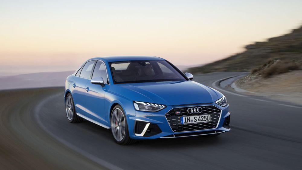 Nuova Audi A4: arrivano i motori Mild-Hybrid da 12V thumbnail