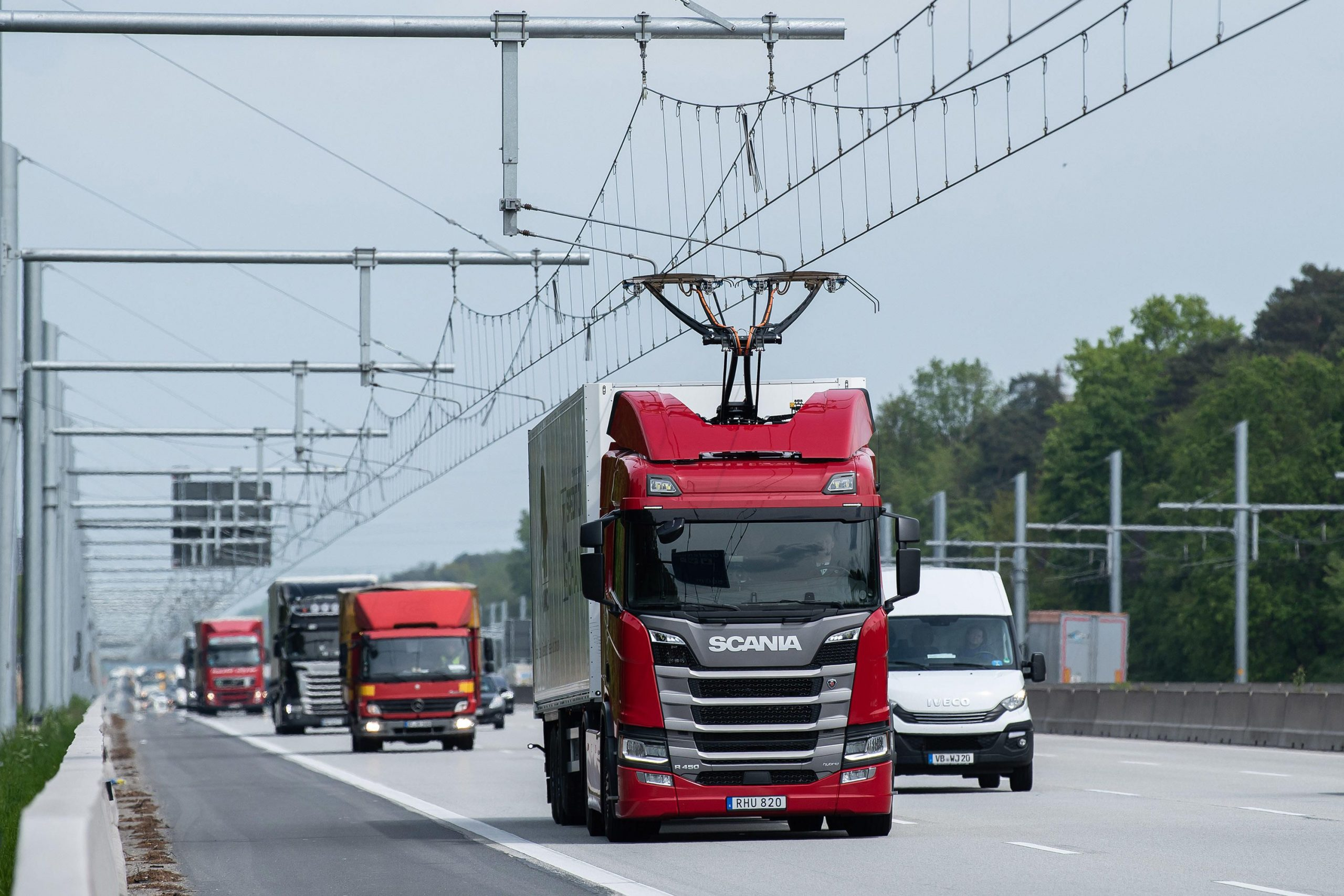 La prima autostrada elettrica: Siemens contribuisce allo sviluppo thumbnail