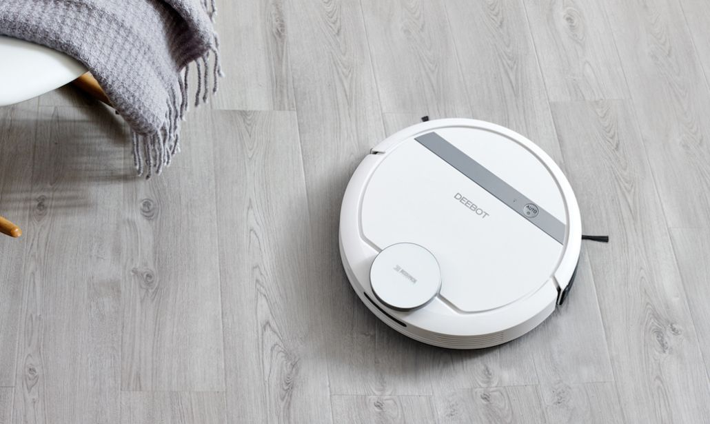 Ecovacs Robotics Deebot Ozmo 900: regalo perfetto per la festa della mamma thumbnail
