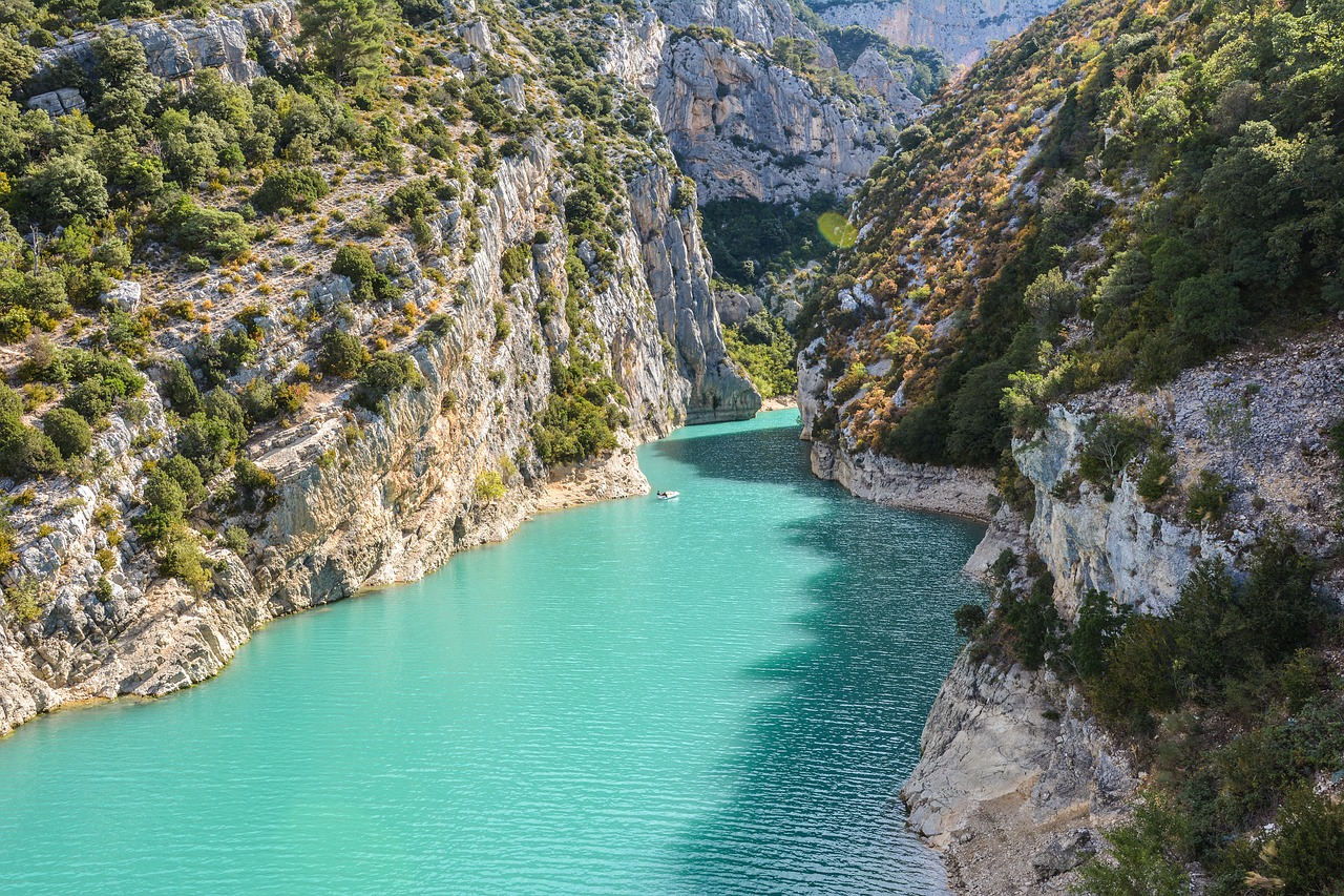 Le migliori destinazioni in montagna selezionate da Virail per fare arrampicate mozzafiato thumbnail