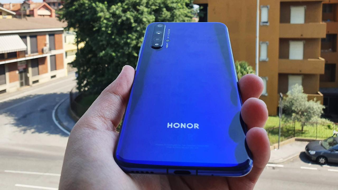 Recensione Honor 20: ok, il prezzo è giusto? thumbnail