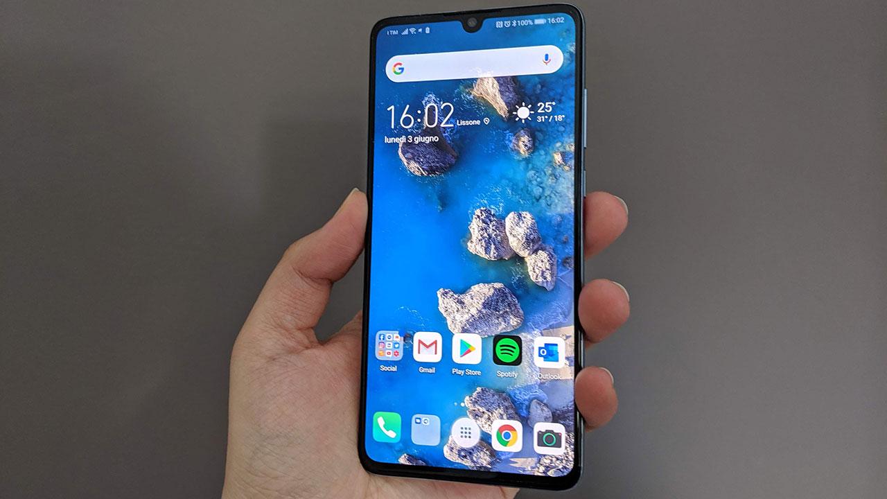 Recensione Huawei P30: pochi compromessi e tanta qualità thumbnail