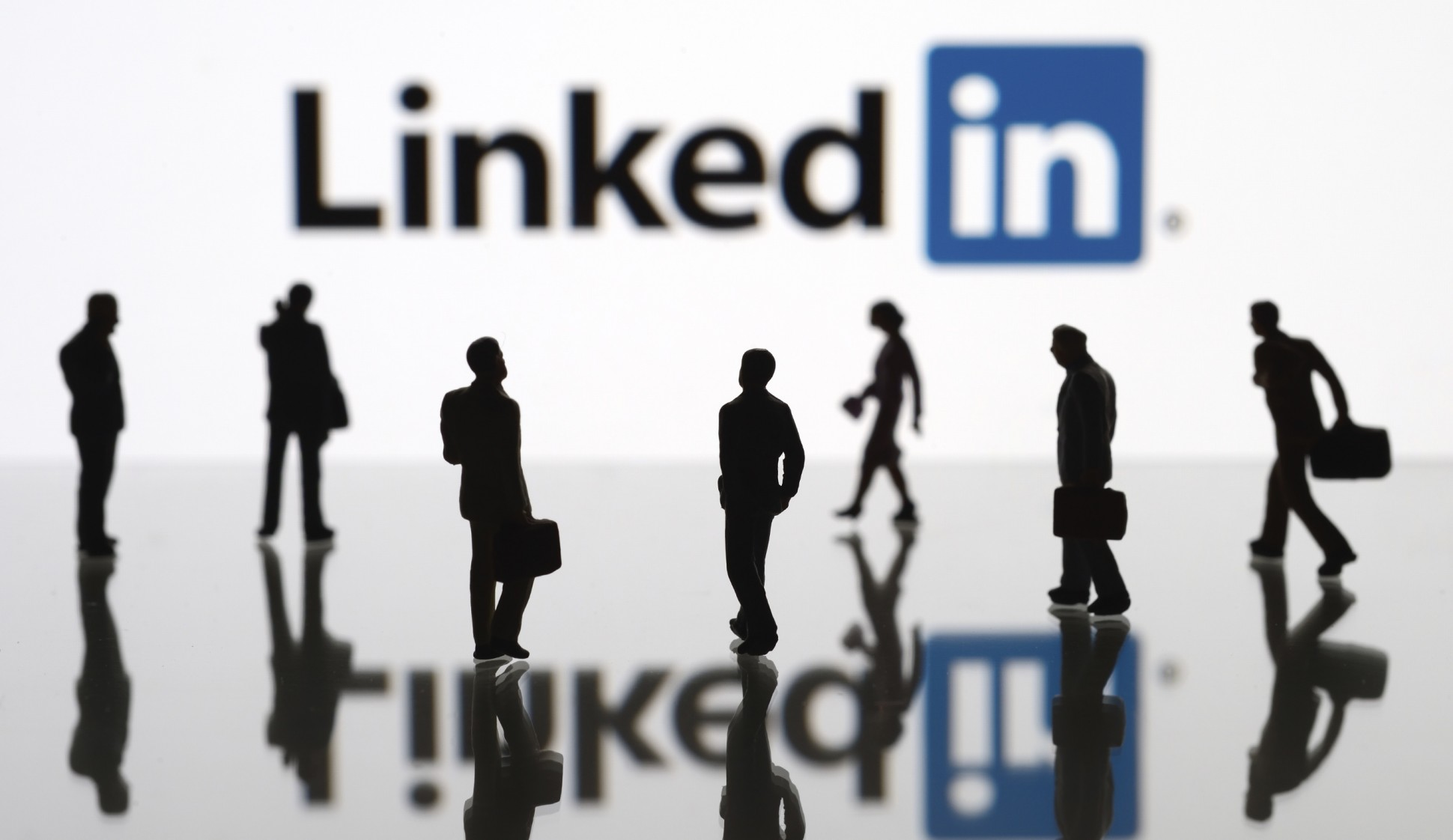 LinkedIn Italia punta sui contenuti e assume due nuovi redattori thumbnail