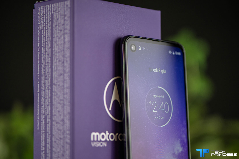 recensione Motorola One Vision