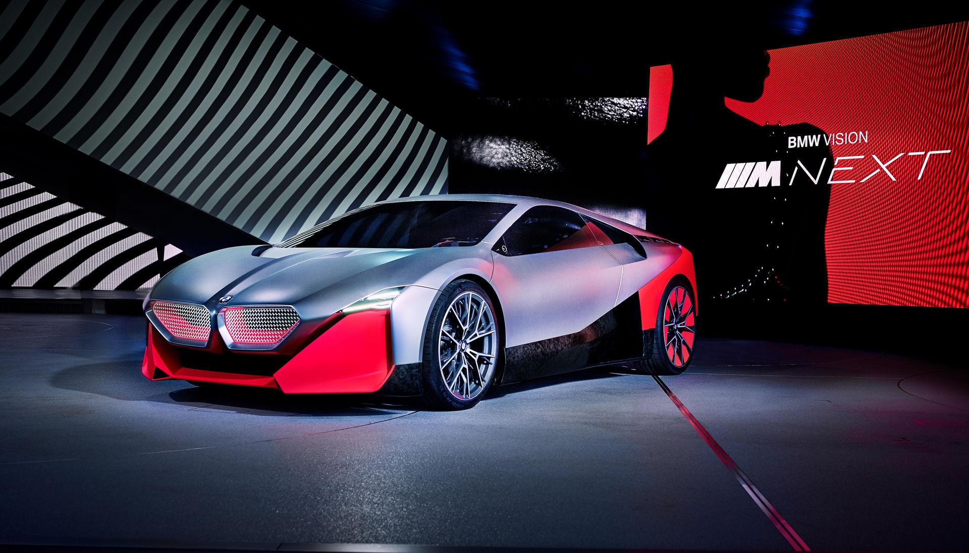 BMW Vision M Next: un'auto autonoma per le persone che amano la guida thumbnail