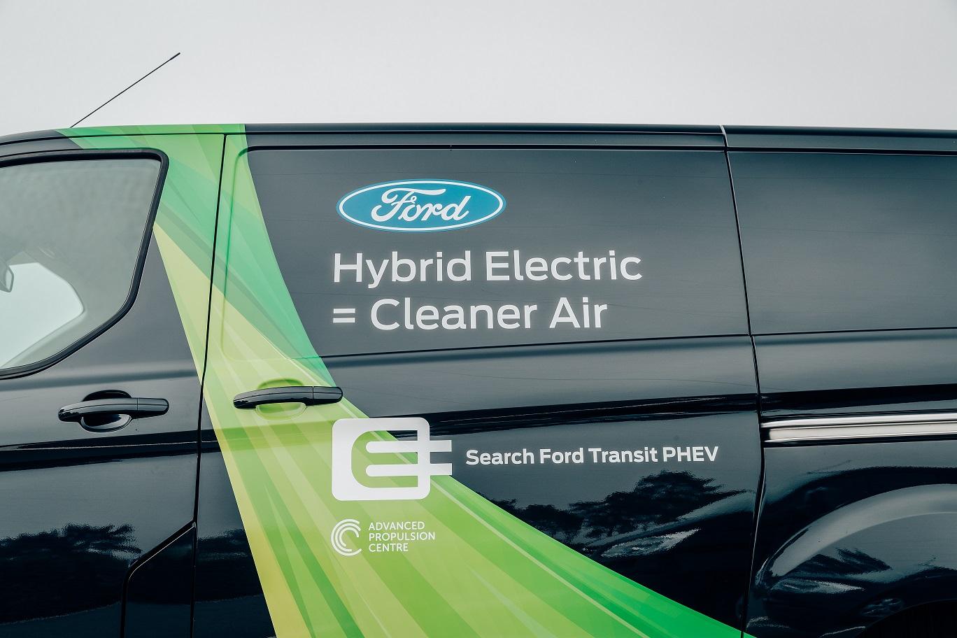 Ford: i veicoli commerciali elettrificati sono il futuro della mobilità urbana thumbnail