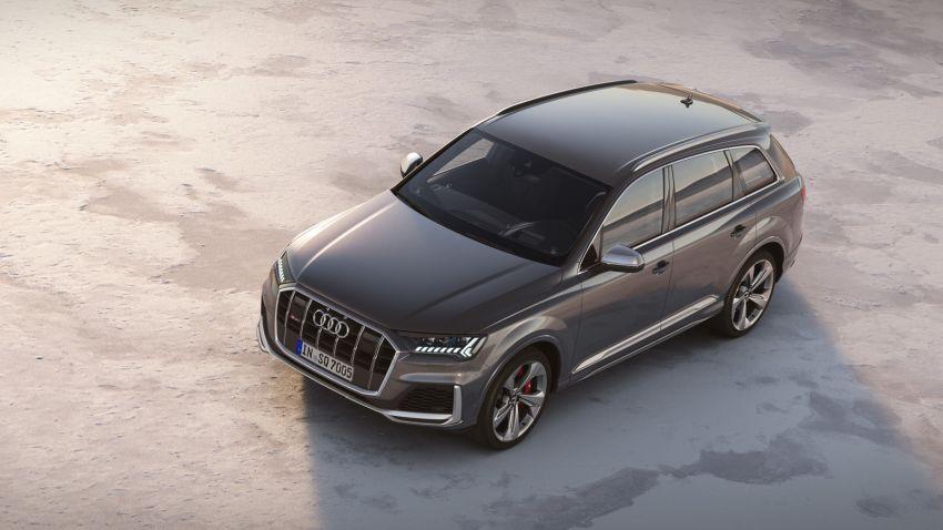 Audi SQ7 TDI 2019: restyling leggero e non cambia il potente motore thumbnail