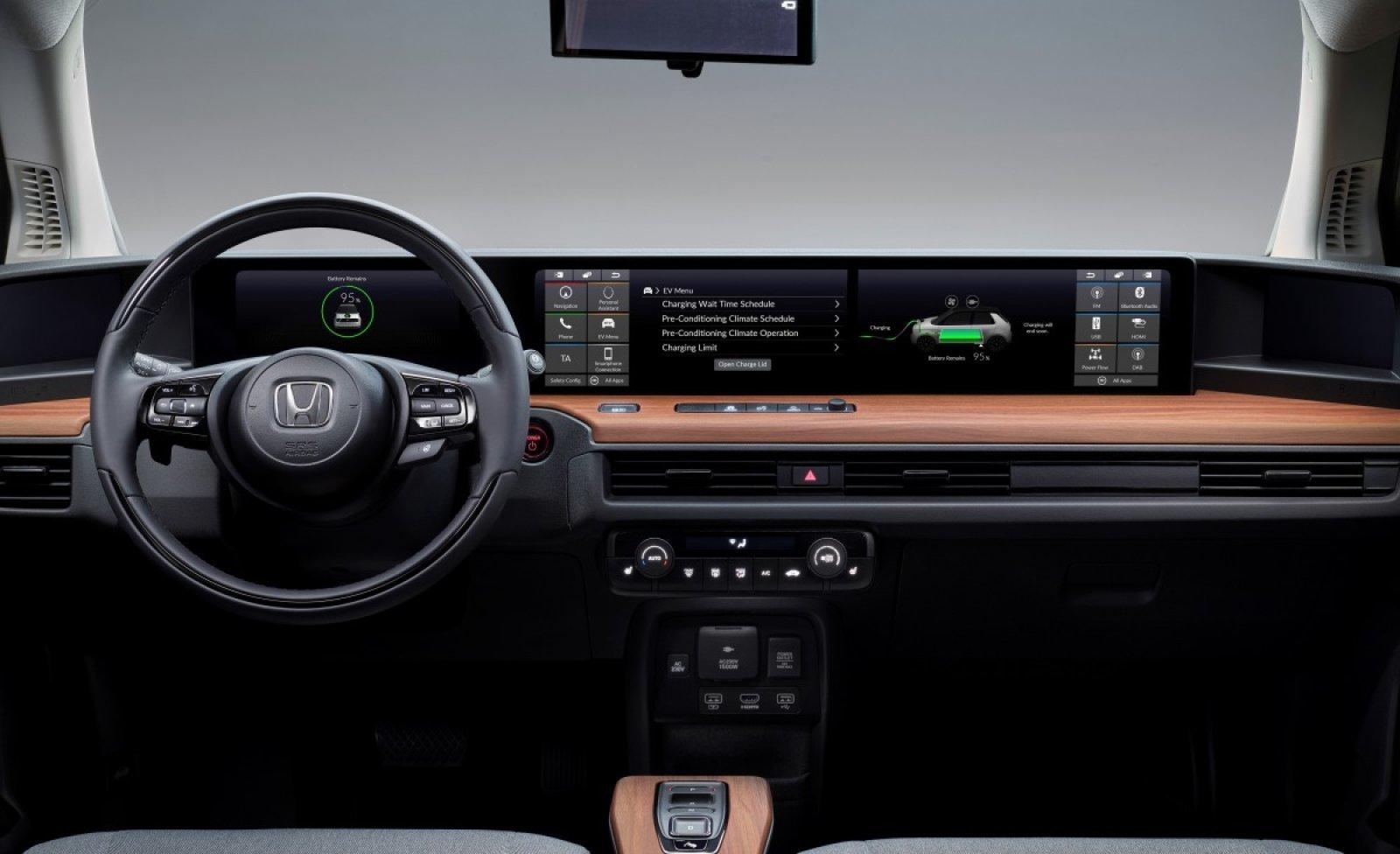 Honda e: la EV giapponese è quasi pronta e ha un infotainment innovativo thumbnail