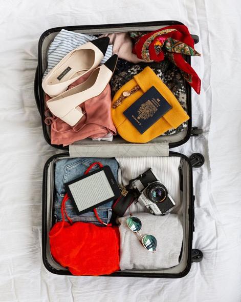 Il download delle vacanze: la valigia digitale pesa 4 ore thumbnail