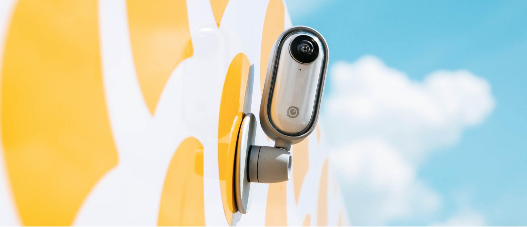 Insta360 GO: la nuova videocamera stabilizzata più piccola al mondo thumbnail